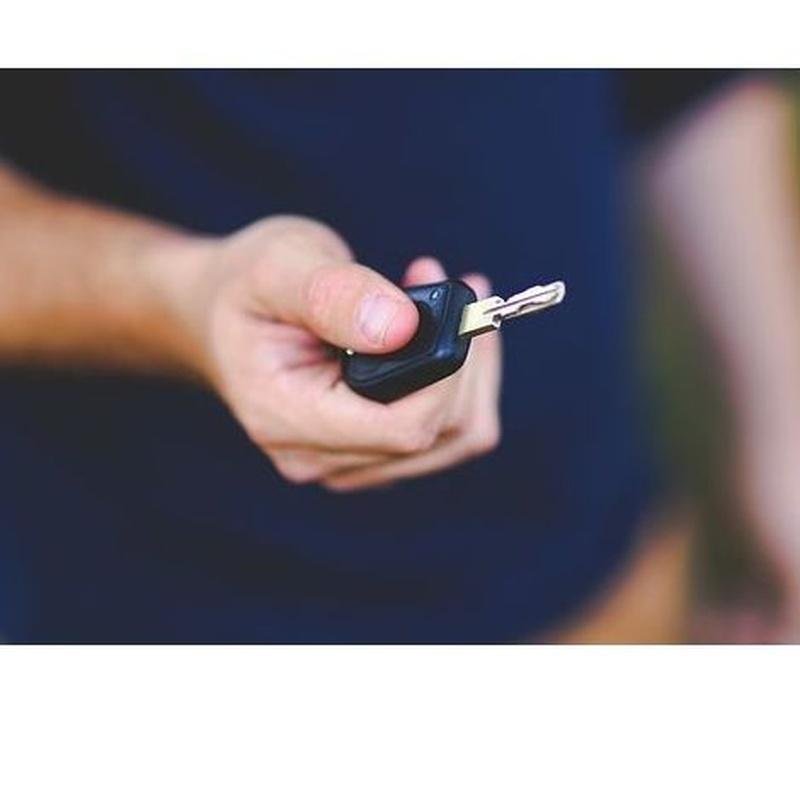Mandos de coche : Servicios  de Hermanos Perdomo