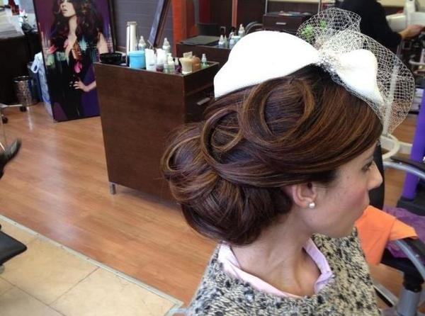 Peinado de novia: Peluquería de Peluquería Gesto's