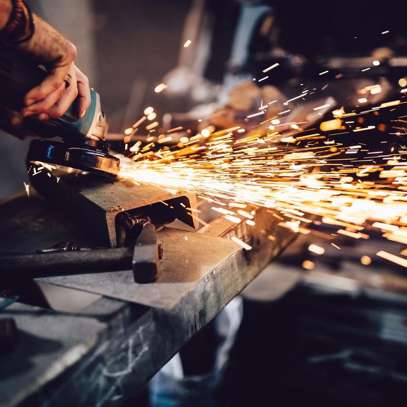 Carpintería metálica: Servicios de Bricohogar Huelva