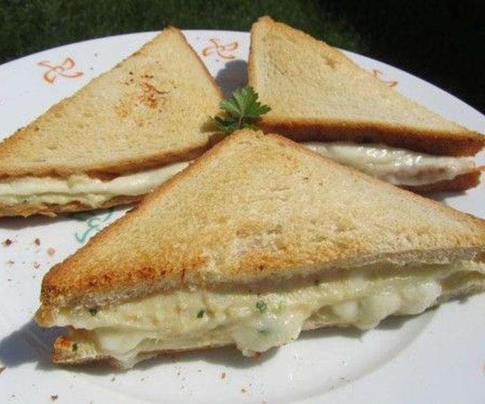 Bocadillos y sándwiches: Nuestros platos de Restaurante La Tasca