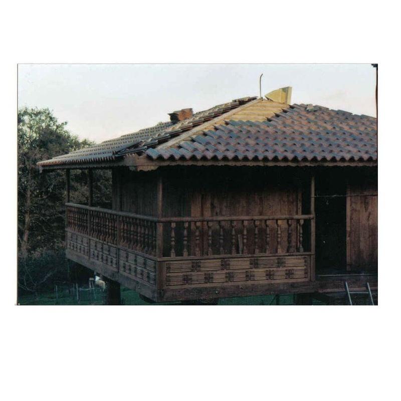Carpinteros horreos Asturias