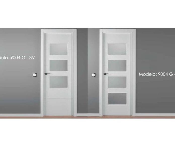 Modelo 9004 Puerta lacada de calidad estándar