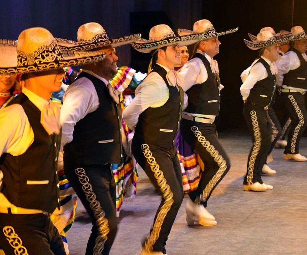 ¿Conoces el origen del traje de mariachi?
