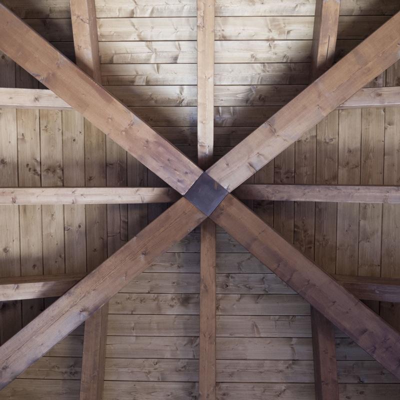 Cubierta de madera cuatro aguas