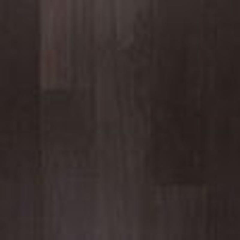 UE1306. Roble Negro barnizado en planchas.