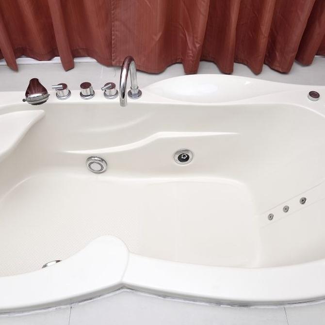 Reformando el baño: plato de ducha o bañera