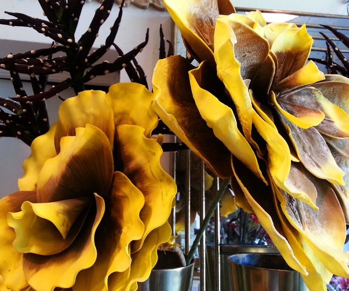 Flores de Foam Gigantes Amarillas: Catálogo de Casa Nativa
