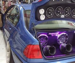 BMW E46 maletero car audio