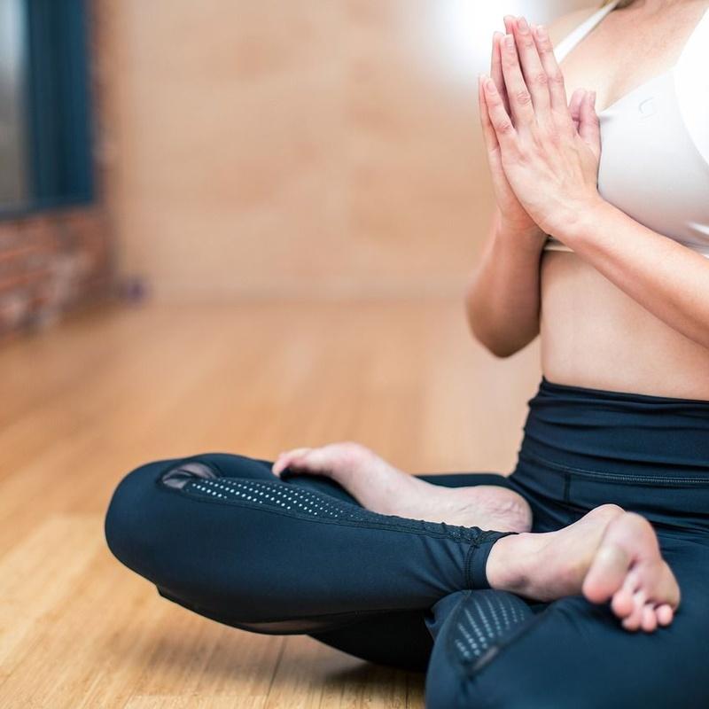 Yoga: Tratamientos de Centro de Estética Maeve