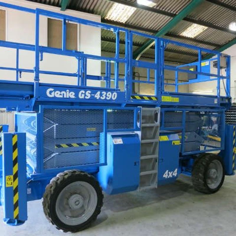 Tijera Diésel GS 4390: Maquinaria alquiler y venta de Alkira Alor