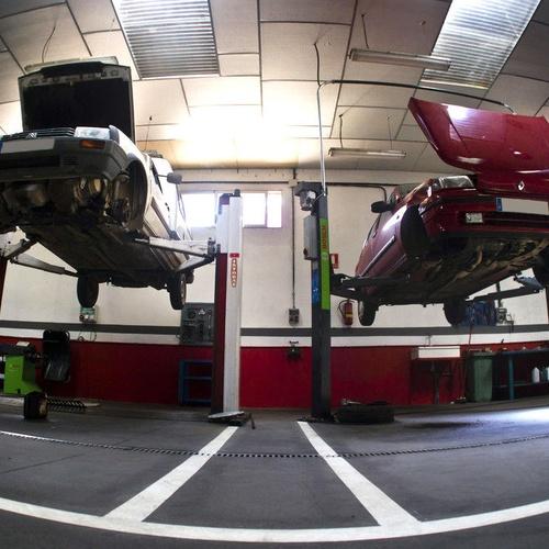 Revisiones y mantenimiento del automóvil