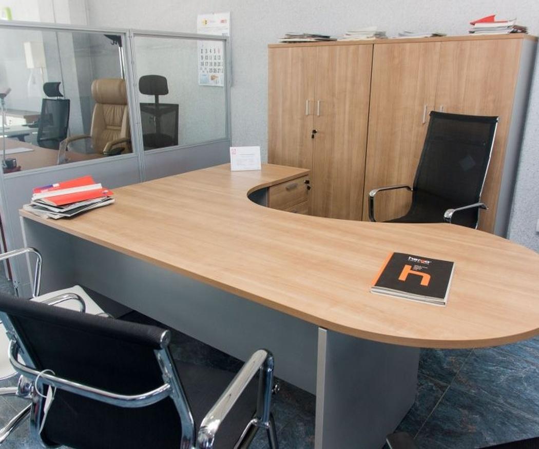 Los tres muebles imprescindibles en un puesto de trabajo