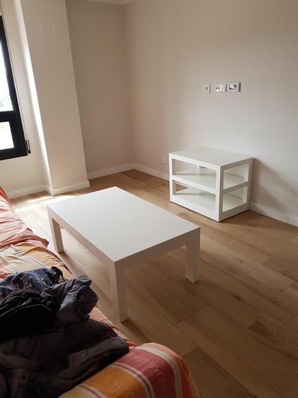 Varios muebles lacados