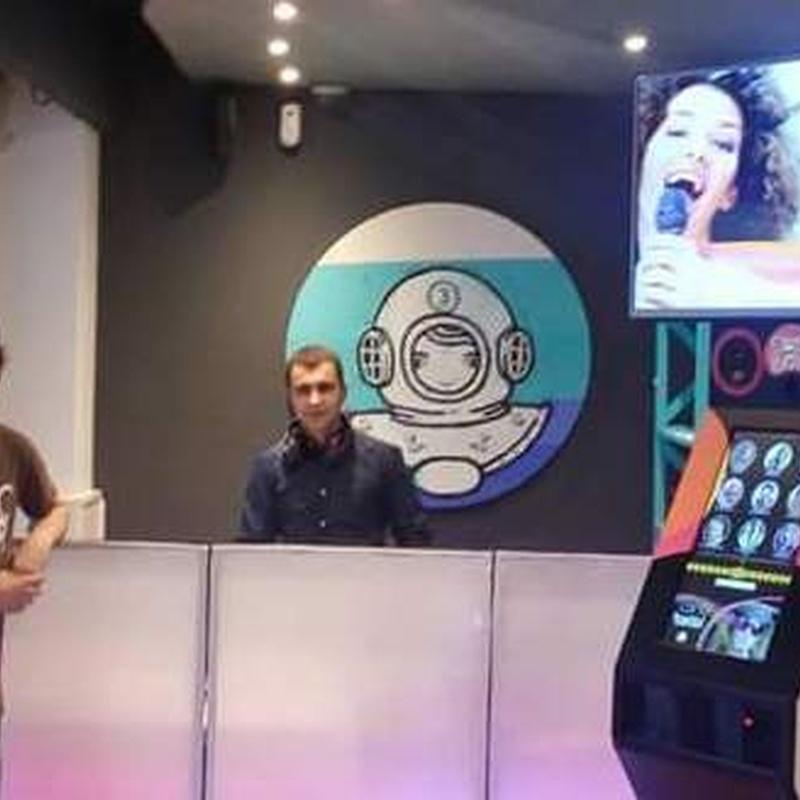 cabina retroiluminada: Nuestros servicios de Jukeval Eventos