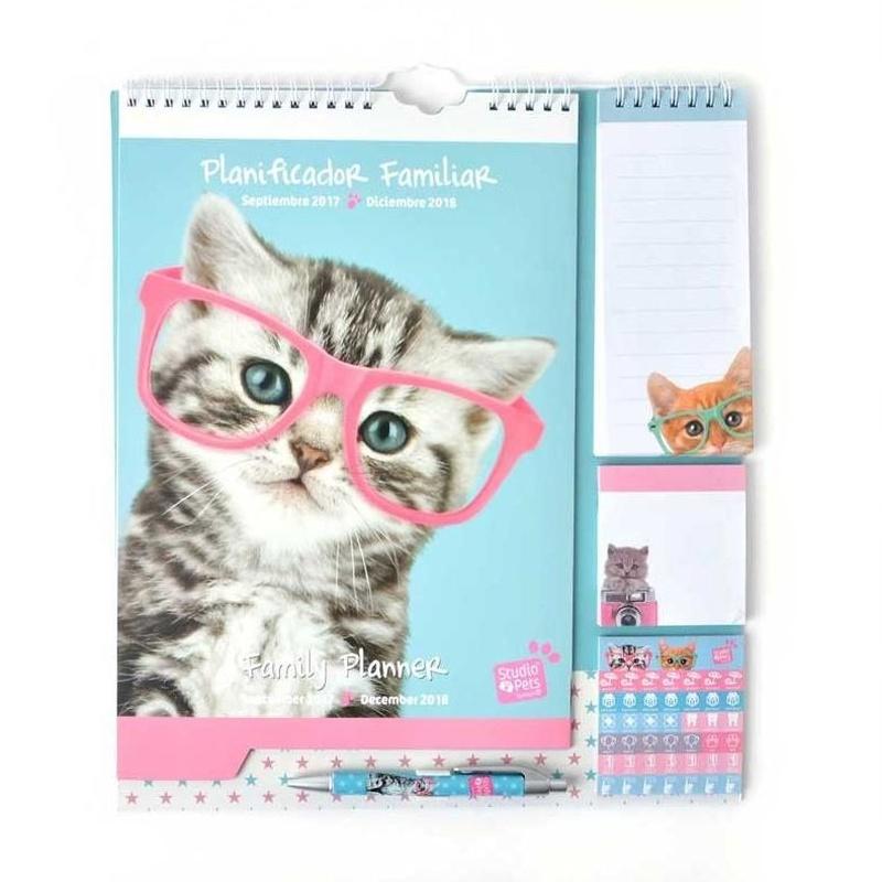 Calendario planificador familiar 2017/2018 Studio Pets Cat Camera