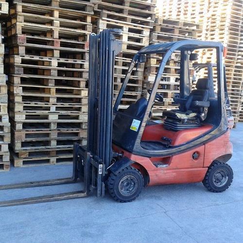 Venta de palets de madera reciclados en Valencia
