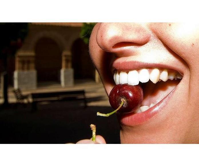 Blanqueamiento dental : Especialidades  de Clínica Dental María Vijande