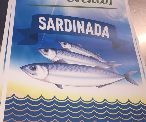 SARDINADA CON SIDRA Y GAITEROS