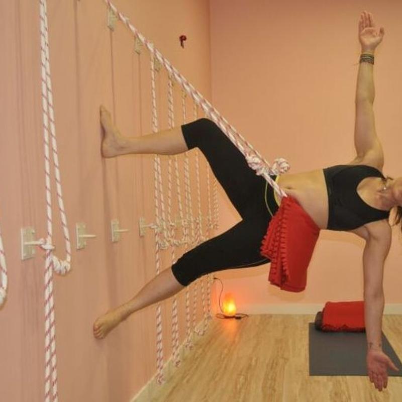 Yoga Kurunta: Clases y talleres de Izel Yoga