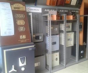 Todos los productos y servicios de Cerrajería: Cerrajería Hernández