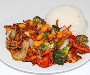 Pato con marisco, comida china