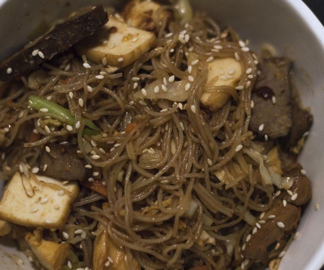El wok en la cocina tailandesa