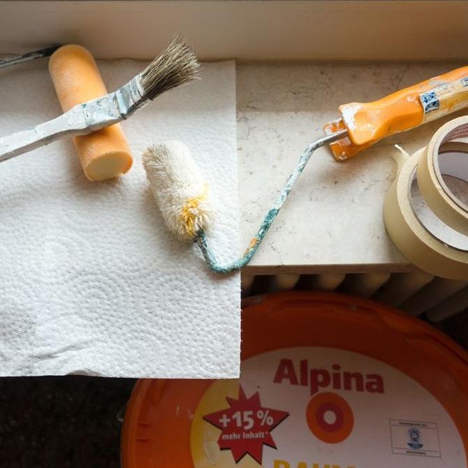 Pintando el piso: el cuarto de baño