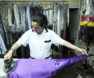 Limpieza y planchado de trajes de nazareno