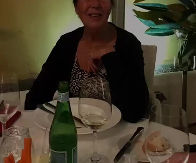 Suzanne friend from Holland record this video ,