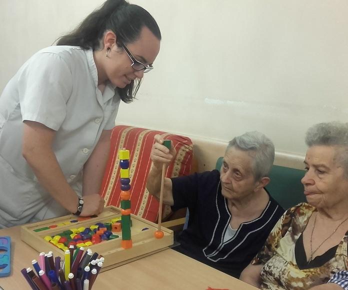 Talleres para personas mayores: Servicios y talleres de Centro de Día Nous Avis