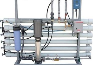 Instalación de osmosis inversa industrial