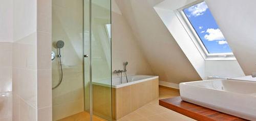 Instalación de mamparas de baño