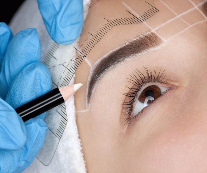 Depilación de labios y cejas: Servicios de Pelukería Pako's    -    La Tienda de Pako Valera
