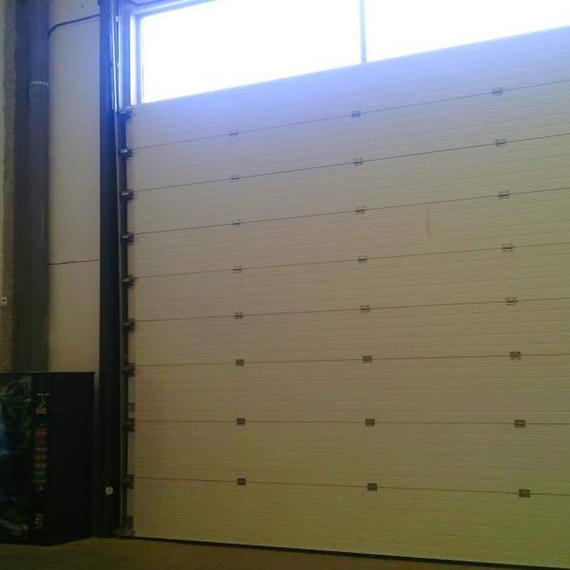 Barreras automáticas de parking de uso intensivo sistema silencioso: Puertas automáticas  de Farem Puertas Automáticas