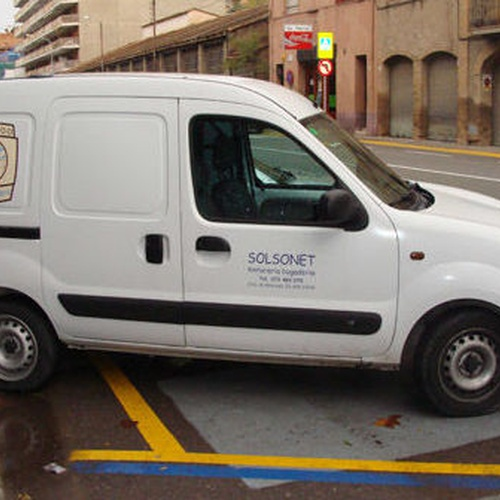 Tintorerías y lavanderías en Barcelona | Tintoreria Bugaderia Ninot