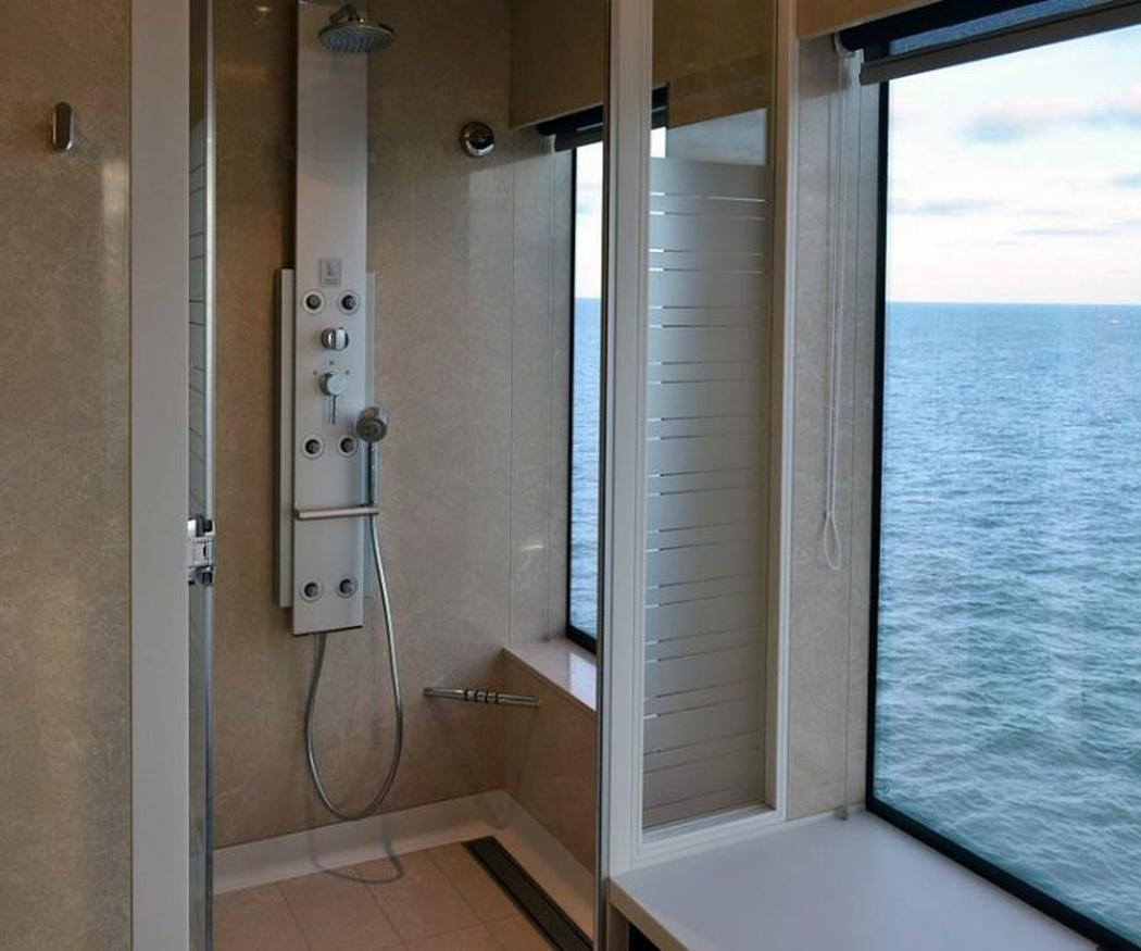 ¿Mamparas de baño o cortinas?