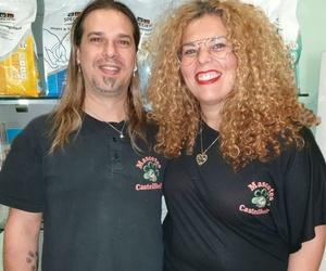 Jordi y Davinia Mascotes Castellbell Centre Veterniari S.L