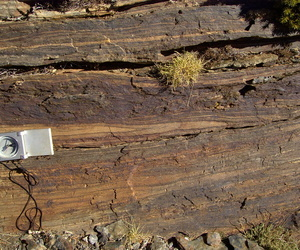 Recogida de datos litológicos y estructurales para estudio geológico