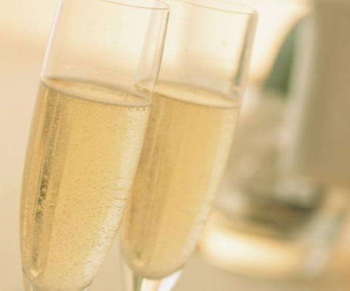 Cavas y Champagnes: Carta de Mandanga Hogar del Pescador
