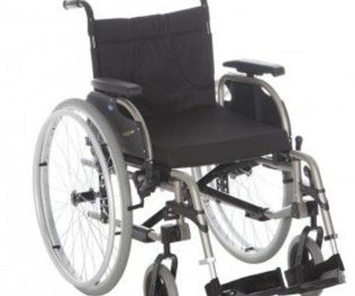 Sillas de ruedas / Sillas de ruedas eléctricas: Productos y servicios de Lizarralde Ortopedia