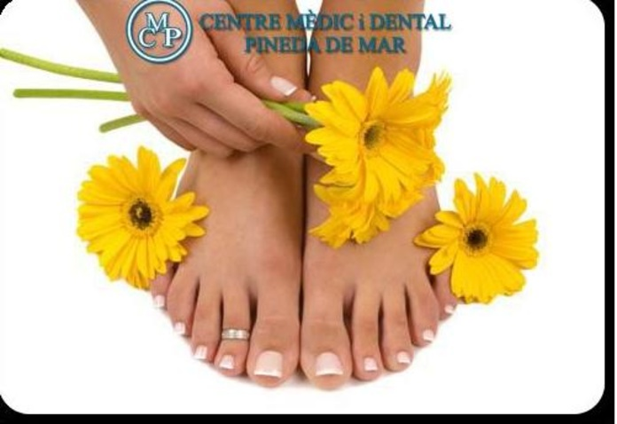 PEDICURA: Tratamientos  de Centro Médico y Dental Pineda }}