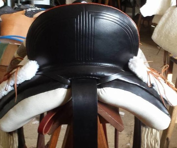 Fabricación de sillas de montar