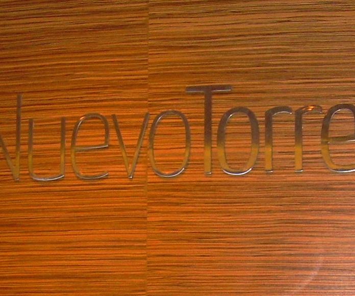 Letras corporeas en Acero Inoxidable Brillo de 3 mm de espesor
