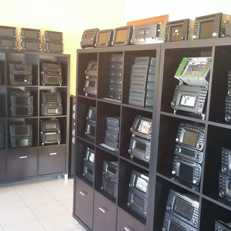 Reparaciones equipos originales de radio navegación Mercedes VAG: Servicios multi car de multi car sistemas
