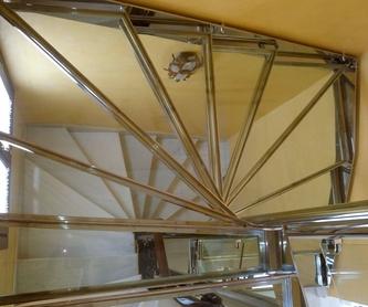 Estructura de marquesina de acero inoxidable para alojamiento de vidrio :  de Icminox