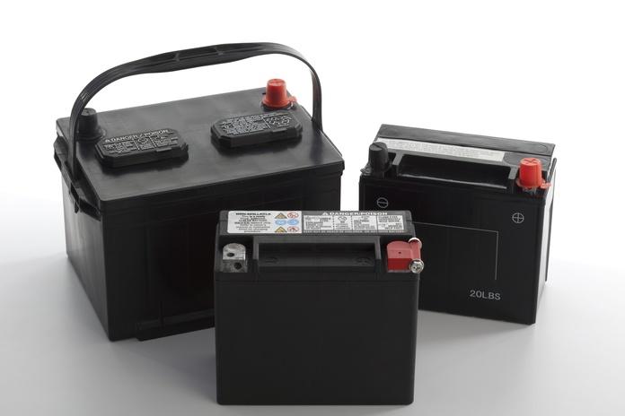 Baterías: Servicios de TALLERES PEDRAZA
