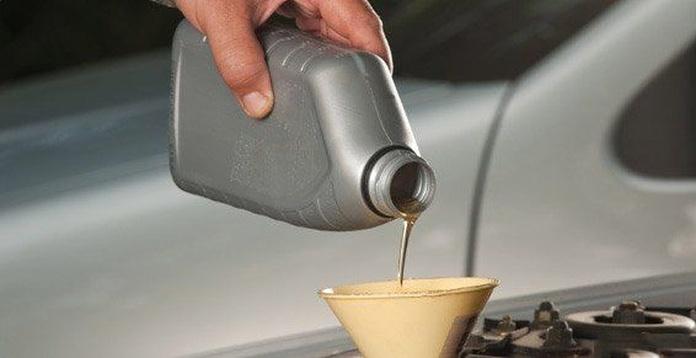 Aceites y lubricantes: Servicios de Recanvis Barberà