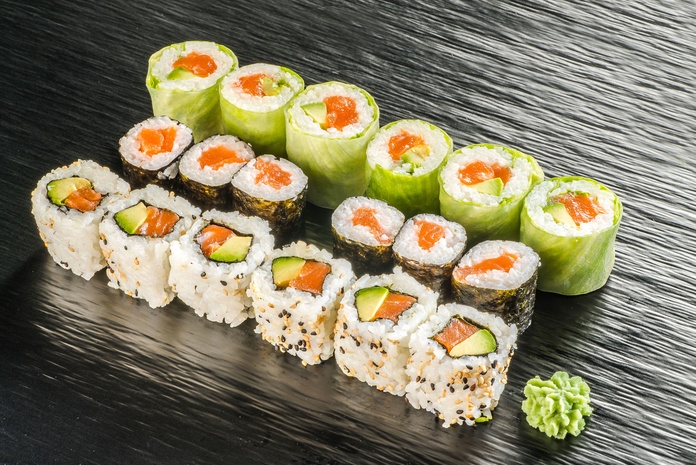 Combo salmón Nº18  13,50€: Carta de Restaurante Sowu