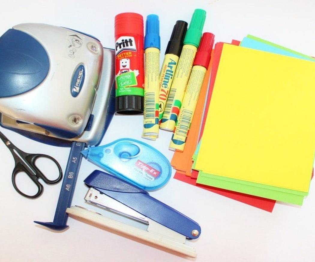 Accesorios básicos para tu escritorio