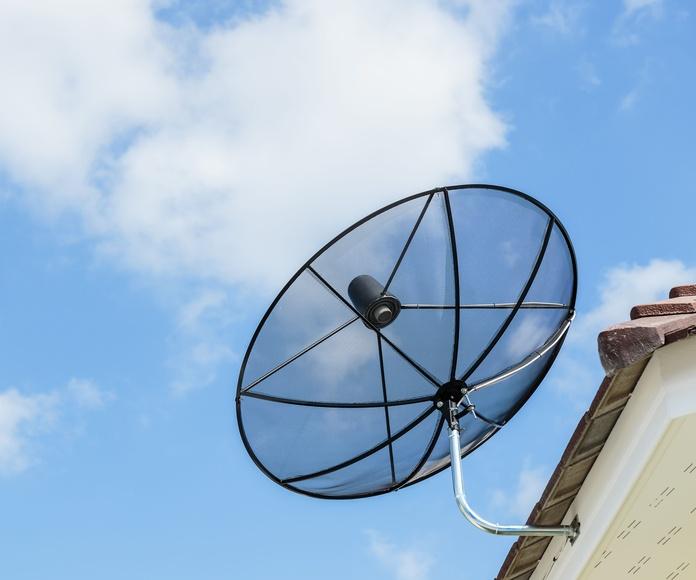 Mantenimiento de antenas: Servicios de Costa Blanca Satélite
